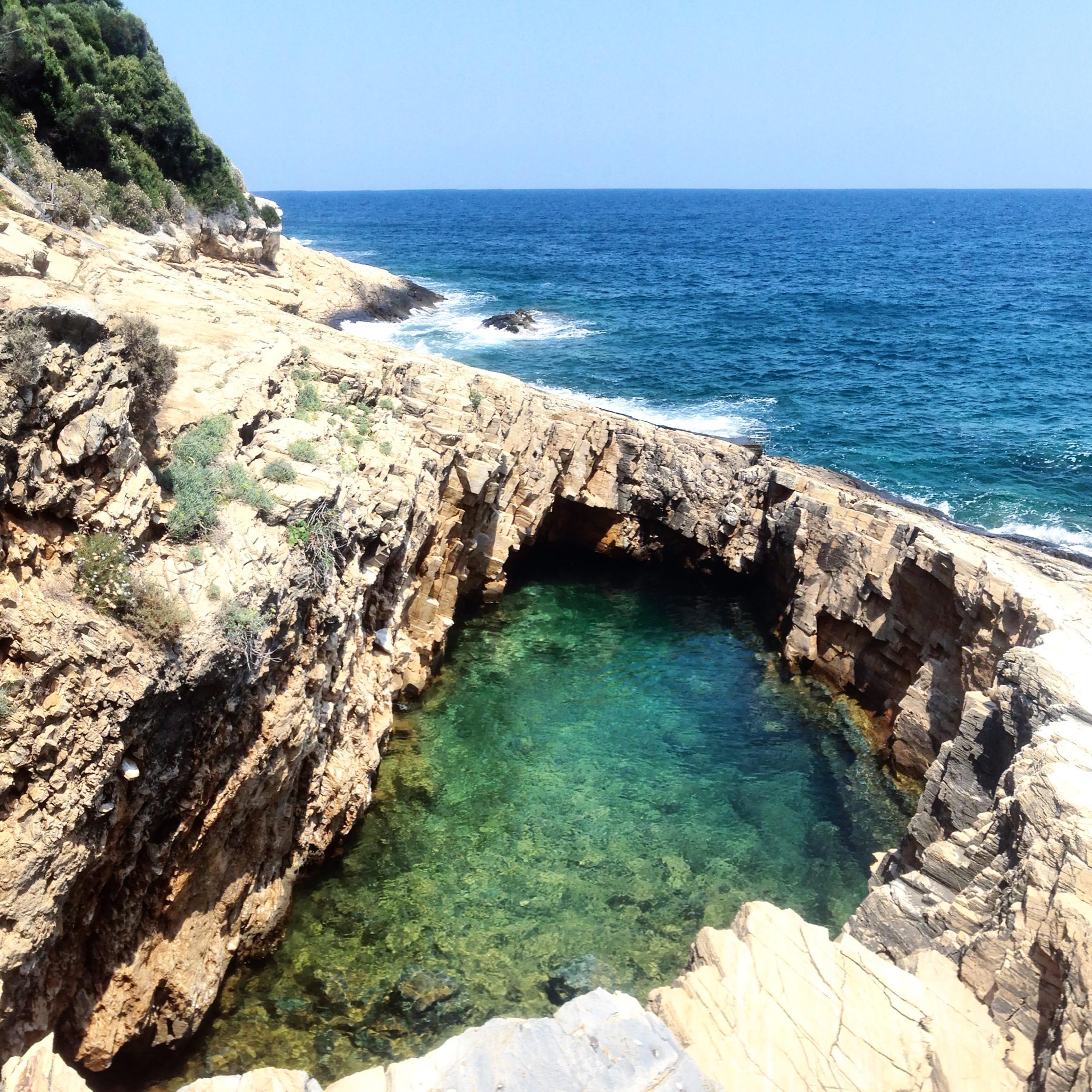 Meraviglie del Mare – Una piscina in Grecia